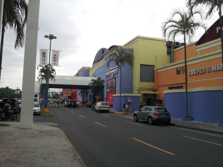 Albrook Mall, uma pequena parte dele. Por Anderson Alves